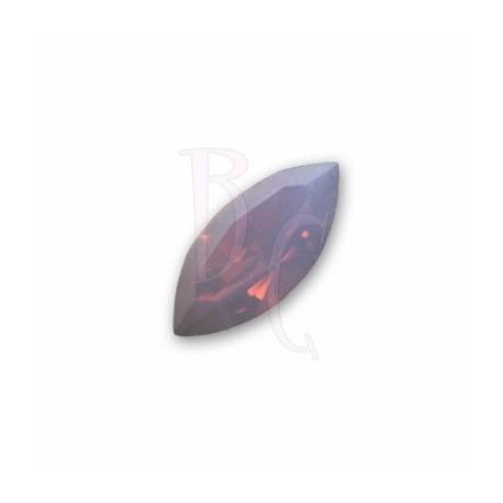 Navette Fancy Stone 4228 15x7 MM Cyclamen Opal