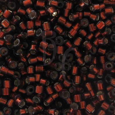 DB1202 - Silver Lined Dark Cranberry x8g