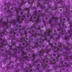 DB0073 - Magenta Lined Crystal AB 5 gr