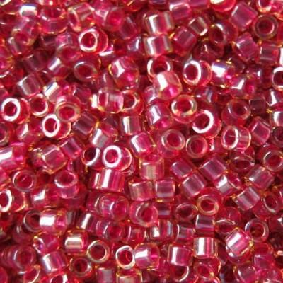 DB0282 - Cranberry Lined Lt Topaz Luster 50 gr