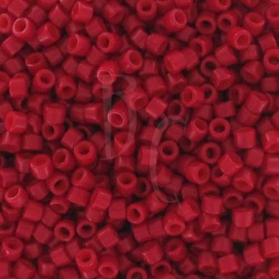 DB0791 - Dyed Semi Mat Opaque Bright Red 50 gr
