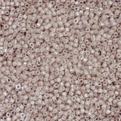 DB1535 - Opaque Pink Champagne Ceylon 50 gr