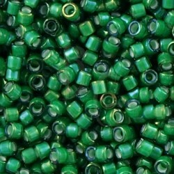 DB1788 - Emerald AB Lined White 5 gr