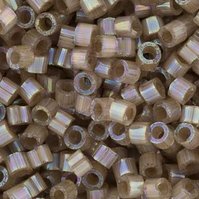 DB1862 - Silk Inside Dyed Shell AB 50 gr