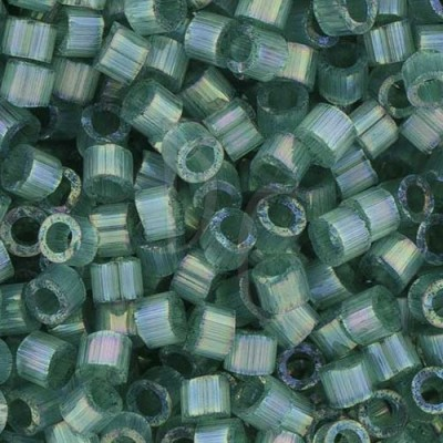 DB1870 - Silk Inside Emerald AB 50 gr
